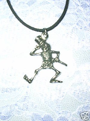 FORMAL TOP HAT & CANE DANCING SKELETON PEWTER PENDANT NECKLACE