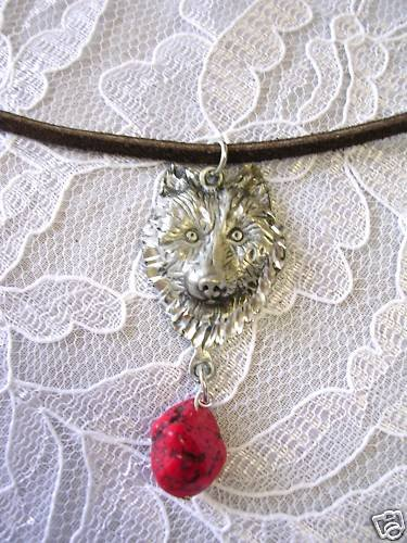 ENGRAVED ECLIPSE WOLF HEAD w RED TURQUOISE NECKLACE WOLVES