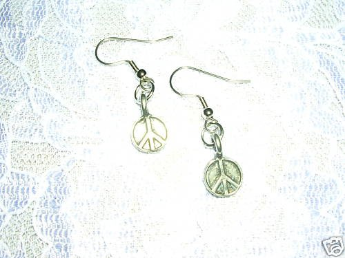 HIPPIE STYLE 3D ROUND PEACE SIGN PEWTER DANGLING CHARM EARRINGS JEWELRY