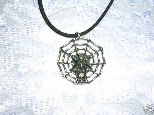 CLEARANCE SALE SPIDER WEB w SPIDER & SKULL SILVER PEWTER ADJ NECKLACE