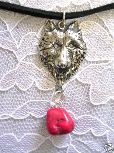 WOLF HEAD  RED TURQUOISE NUGGET PENDANT NECKLACE WOLVES