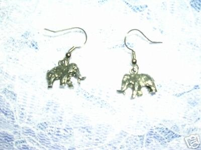 DETAILED COOL ICE AGE PREHISTORIC WOOLY MAMMOTH DANGLING CHARM PEWTER EARRINGS