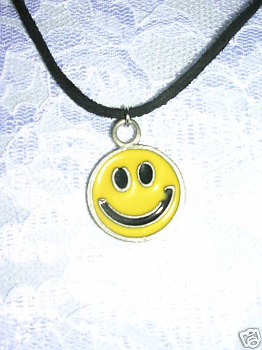 FUN SMILEY FACE - HAVE A NICE DAY PEWTER PENDANT NECKLACE
