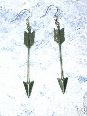 LONG FULL SPORTS ARCHERY ARROWS DANGLING CAST PEWTER EARRINGS JEWELRY ARROW