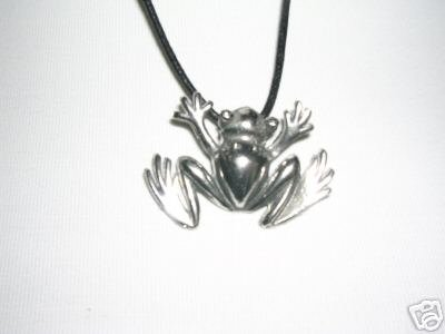 FUN TROPICAL HIPPIE TREE FROG CAST PEWTER PENDANT ADJ CORD NECKLACE