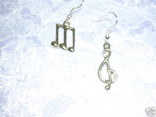 TRIPLET MUSICAL NOTES  & G CLEF SYMBOL EARRINGS JEWELRY