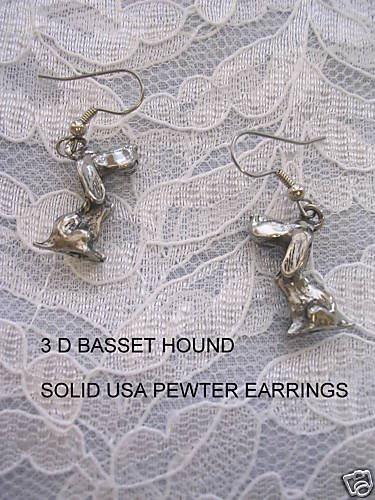 NEW 3 D BASSET HOUND DOG DANGLE PEWTER DOGS EARRINGS