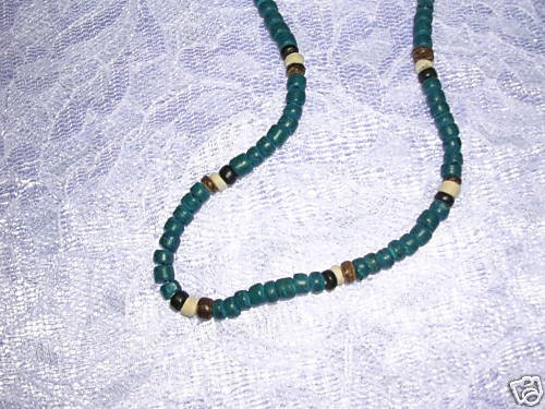 """DEEP BLUE BROWN OFF WHITE COCO BEADS 16"""" SURF NECKLACE"""