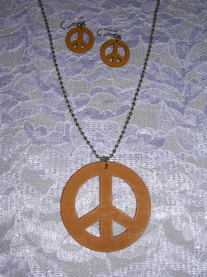 """LIGHT RUSTY BROWN WOODEN PEACE SIGN PENDANT 24"""" BALL CHAIN NECKLACE & EARRINGS SET"""