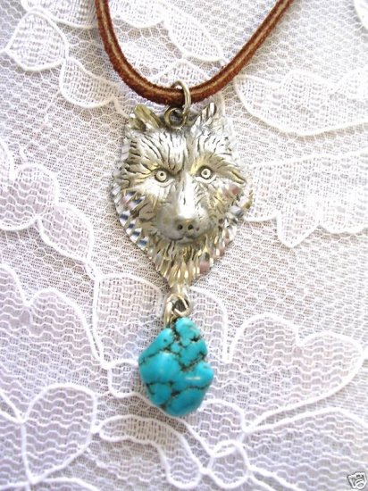 ENGRAVED WOLF HEAD PEWTER PENDANT w TURQUOISE NUGGET NECKLACE WOLVES