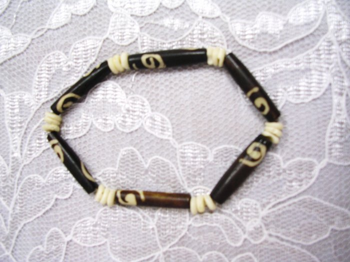 BROWN DECO & NATURAL WHITE BONE BEAD STRETCH BRACELET
