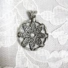 NEW CELTIC KNOT DESIGN FLOWER PEWTER PENDANT NECKLACE