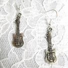 NEW ELECTRIC GUITAR CHARMS DETAILED ALLOY SILVER CHARMS PIERCED EARRINGS