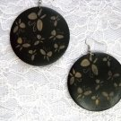 EXOTIC BLACK w BROWN BUTTERFLIES / BUTTERFLY PRINT REAL WOOD ROUND DANGLING EARRINGS
