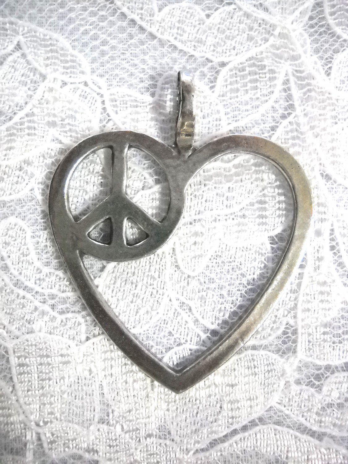 NEW DESIGN USA CAST PEWTER GIANT HEART w MERGED PEACE SIGN PENDANT ADJ NECKLACE