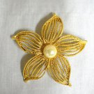 PRE-OWNED VINTAGE LARGE SIZED FANCY GOLDEN 5 PETAL FLOWER BLOOM BROOCH PIN