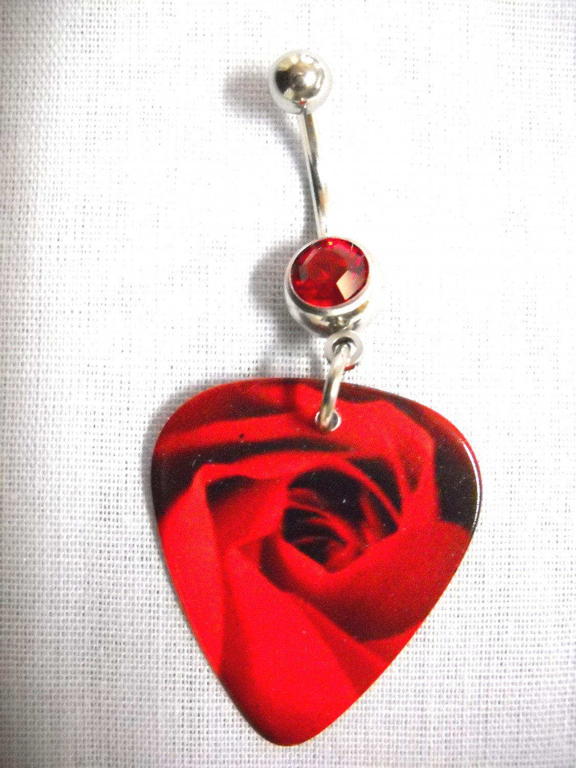 OPEN RED ROSE LOVERS FLOWER PRINTED GUITAR PICK RED CZ BELLY RING BODY JEWELRY