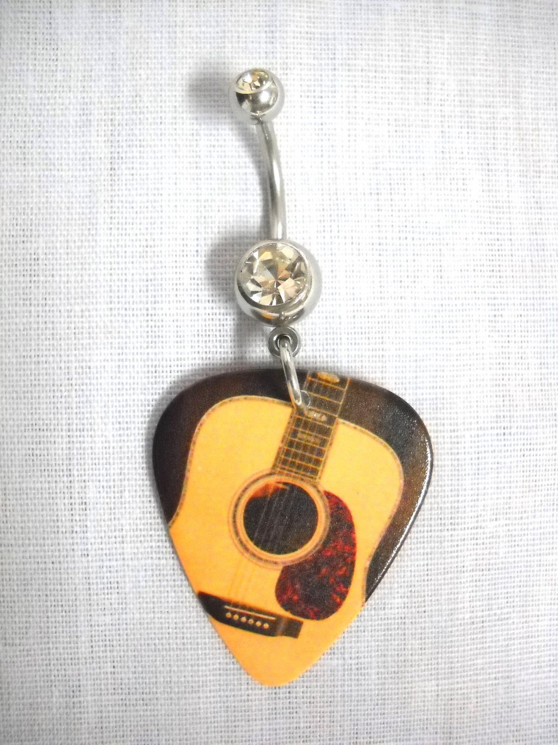 MUSIC COUNTRY CLASSICAL GUITAR PRINTED GUITAR PICK w CLEAR CZ NAVEL RING
