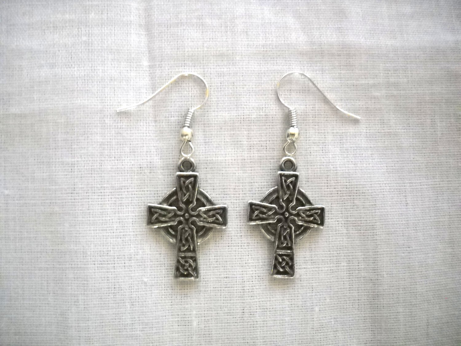 INFINITY CELTIC KNOT SCROLL CROSS CHARMS DANGLING SILVER PEWTER PAIR OF EARRINGS