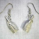 NEW 3D SANGRIA BOTTLE WINE ROPE WRAP LOOK SOLID PEWTER CHARMS DANGLING EARRINGS