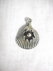 SURF BEACH SHORE CLAM SHELL w PEARL INSIDE CRACKED USA PEWTER PENDANT ON ADJ NECKLACE