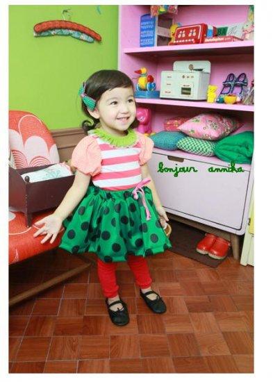girls green skirt 2T,3T,4T,6 NEW