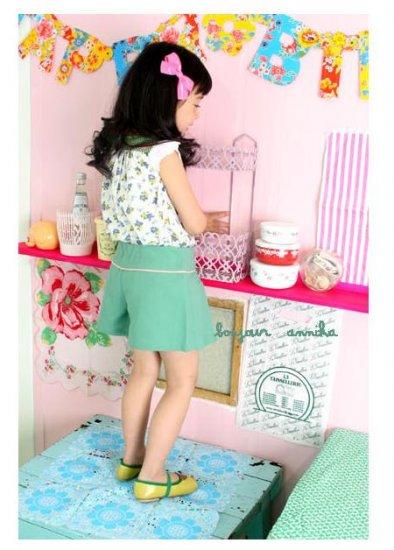 girls green skirtpants 2T,3T,4T,6 NEW