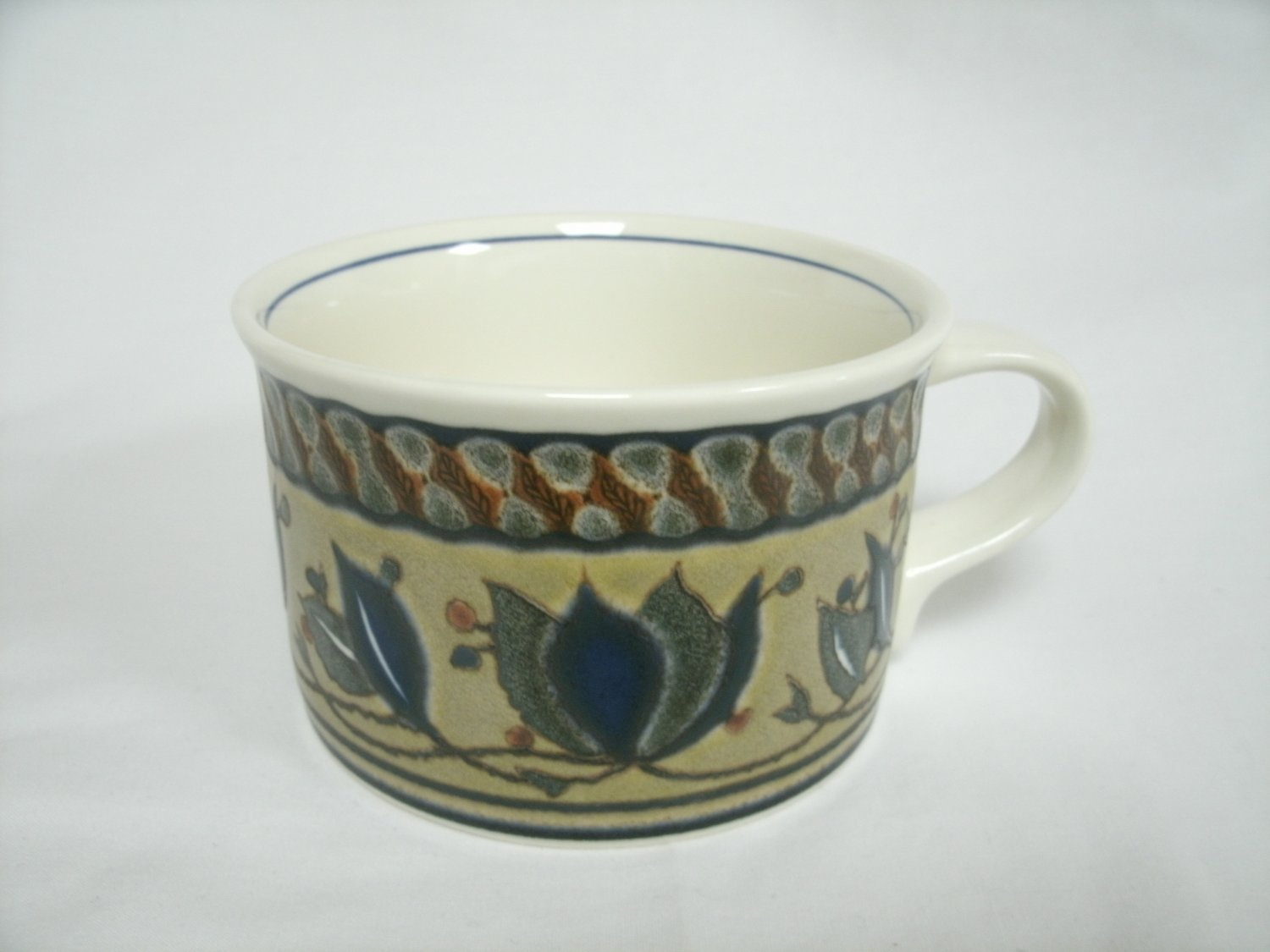 Mikasa Intaglio Arabella Coffee Cup Beige and Blue Colors Stoneware With Leaf Design 3 1/2 Inches