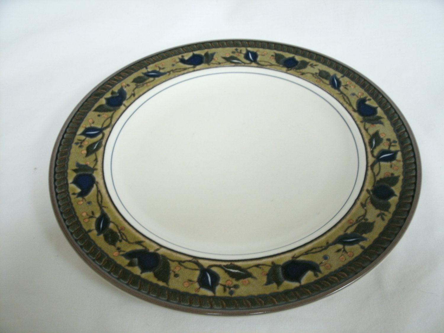 Mikasa Intaglio Arabella Salad Plate Beige and Blue Colors Stoneware With Leaf Design 8 1/4 Inches