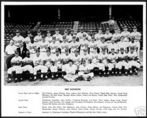 BROOKLYN DODGERS- 1957 LAST TEAM PHOTO 11x14 SIZE
