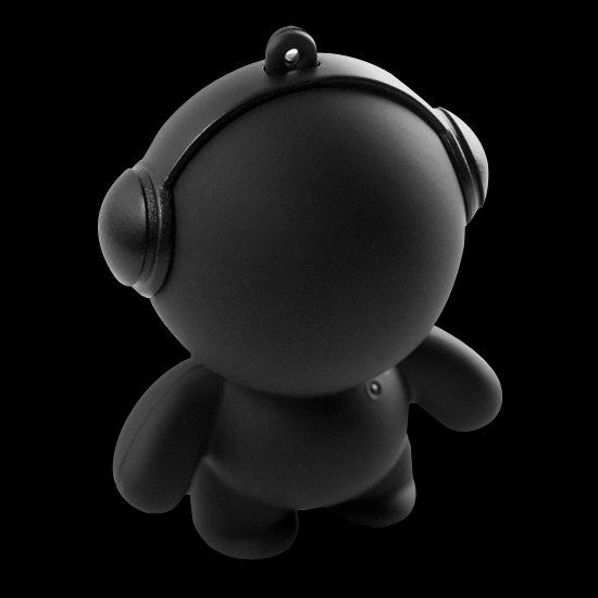 Softy the plain black speaker