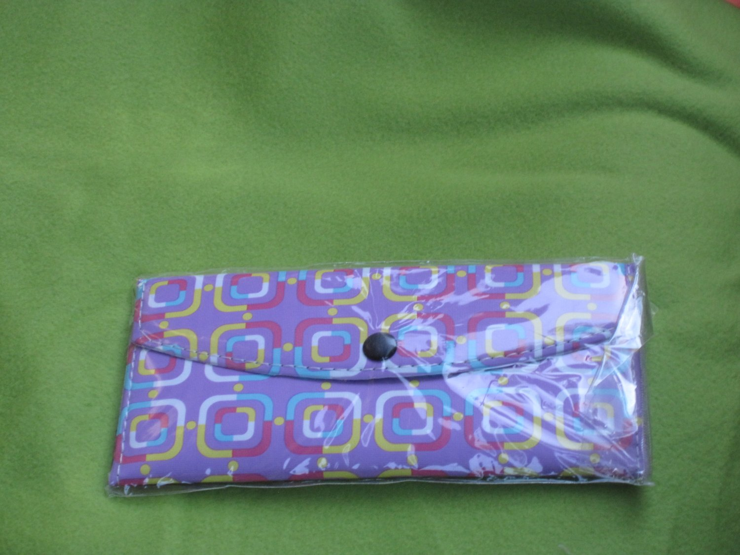 purple geometric print wallet