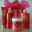 VICTORIA'S SECRET MERRY VANILLA LOTION MIST GIFT SET 4