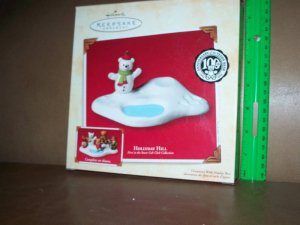 2002 Hallmark Keepsake Holiday Hill Chirstmas Ornament