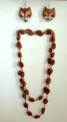 Brown 'Nut' Bead Necklace 44 inches Cat Earrings Cute Jewelry Set