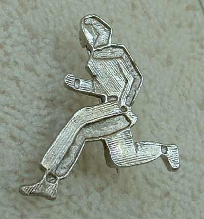 Fencing or Martial Arts Brooch Silvertone Jewelry
