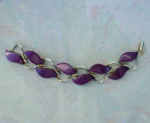 Purple Lavender Thermoset Link Bracelet Vintage Jewelry