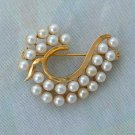Elegant Wave-Shaped Faux Pearl Goldtone Brooch Pin Jewelry