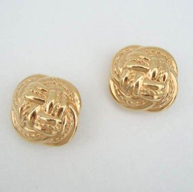 Claiborne Liz Embossed Goldtone Knots Clip On Jewelry