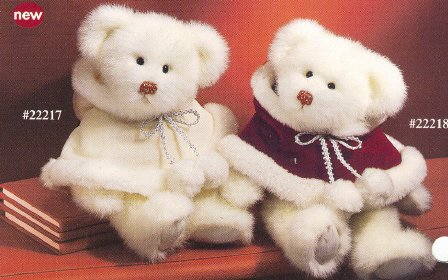 Russ Berrie Christmas - Bears of the Past - Sugar Plum White Cape FREE USA SHIPPING!