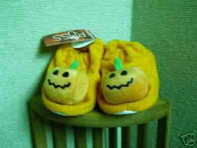 Russ Berrie Halloween Warm & Toasty Pumpkin Baby Booties - Orange FREE USA SHIPPING!
