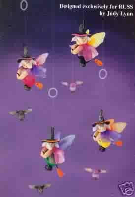Russ Berrie Halloween Fluttering Fiends Small Witch Decoration - PURPLE CAPE / YELLOW BODY