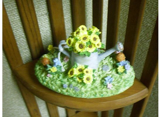Russ Berrie Oval Candle Jar Topper - Spring Floral Watering Can  FREE USA SHIPPING!