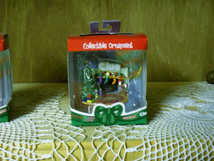 Clue Game Collectible Christmas Ornament - Limited Edition by Basic Fun  FREE USA SHIPPING!