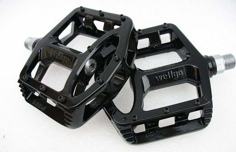 BICYCLE WELLGO MG1 MG-1 MAGNESIUM PEDALS PAIR BLACK 388g MTB BMX DH