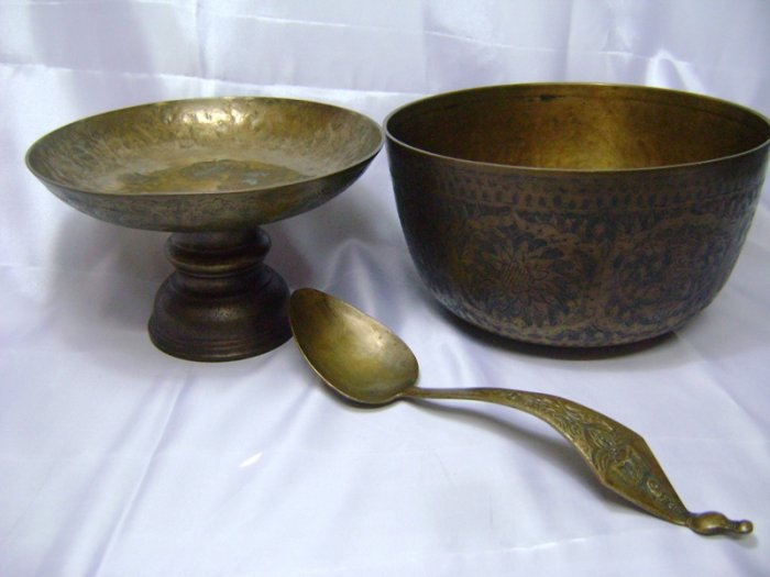 SET OF 3 ANTIEQUE BRASS SALVER BOWL LADLE RARE COLLECTIBLES