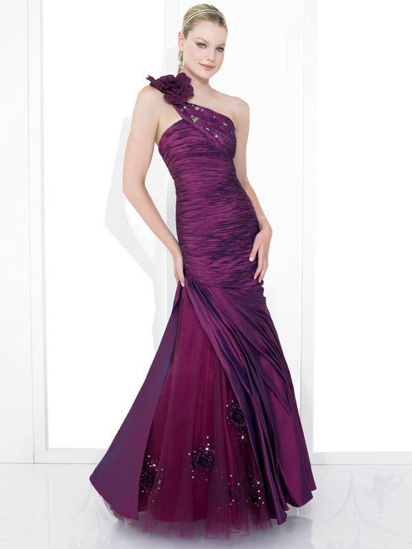 Skillfully Wraped New Style Single Shoulder Wedding Dress DS0009