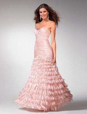 Leaves Skirt Strapless Hollow-back Wedding Dress DS0017