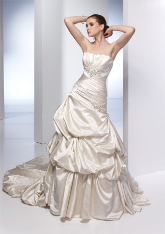 New Style Beaded Strapless Stack-up Wedding Dress AI0020