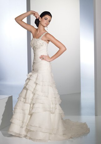 New Style Tiered One-shoulder A-line Wedding Dress AI0024
